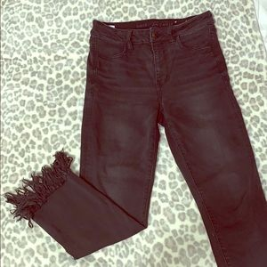 American Eagle frayed jeans